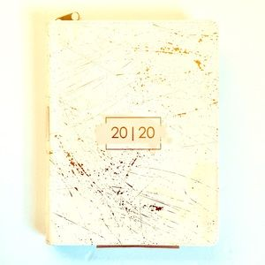 20   20 DAIRY PLANNER 18 Month NEW/NWT